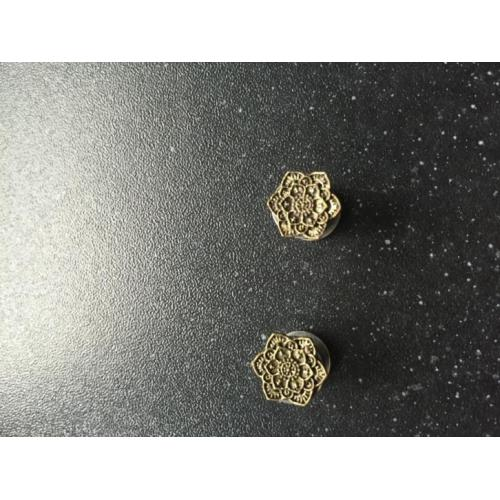 Lotus pluggs 6mm
