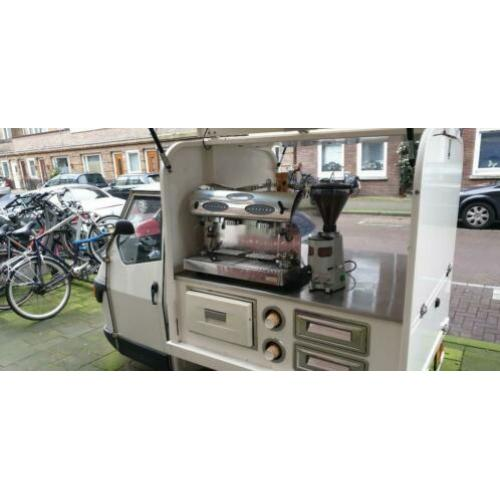Coffee truck piagio ape 50 . Goede staat .