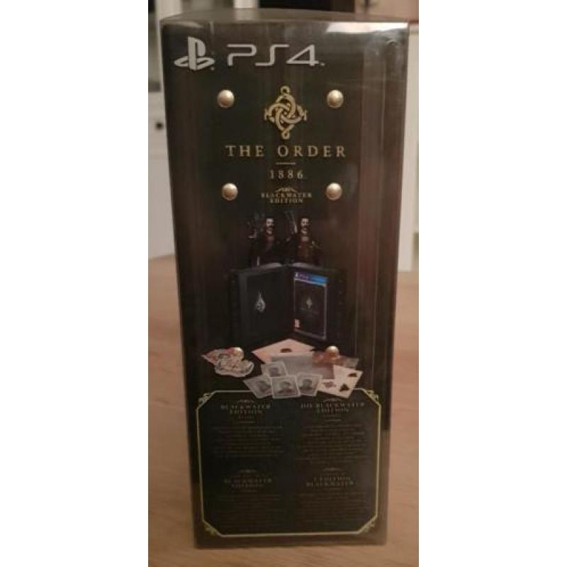 Playstation 4 + 2 controllers + 2 games